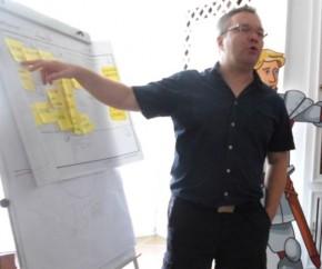 Andreas Hierold erklärt die Canvas