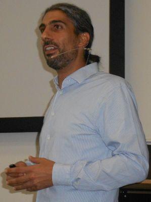 Vortrag von Daniel Dirks