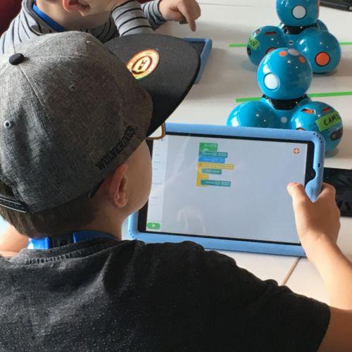 Lernroboter programmieren ist kinderleicht